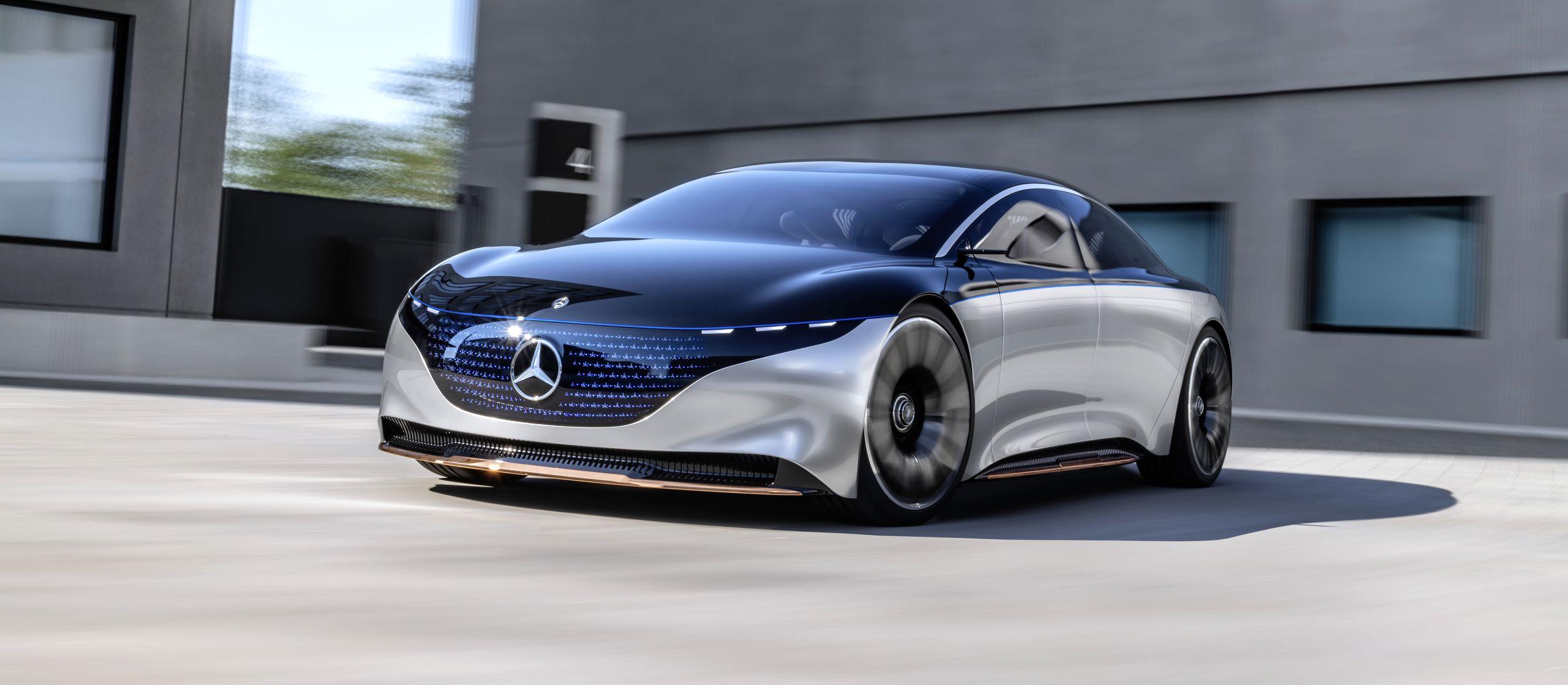 Mercedes EQS elektrische auto opladen laadpaal