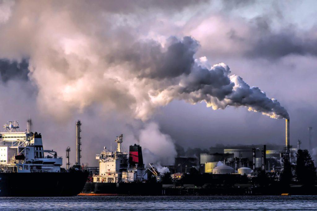 raffinaderij vervuilend fossiele brandstof